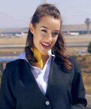 adara molinero azafata de vuelo